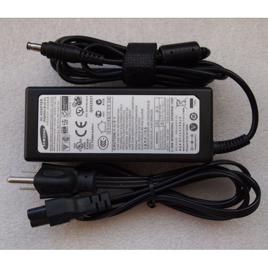 Original OEM 90W AC Adapter For Samsung Series 7 NP700Z5C-S03MX Notebook
