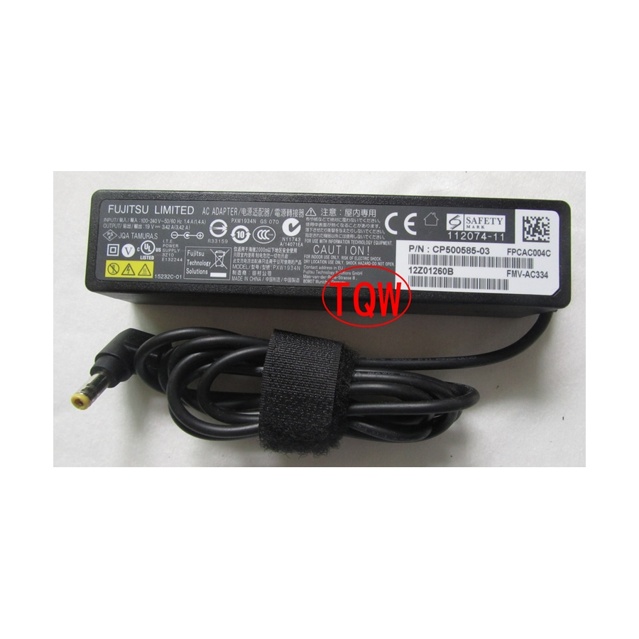 Original 65W 19V 3.42A AC Power Adapter For Fujitsu LifeBook E753 E743 UH552